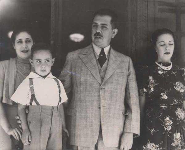 Lázaro Cardenas y Cuauhtémoc Cárdenas