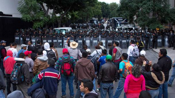Legisladores acuerdan dialogar con CNTE