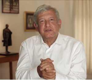 """""""Vamos todos al Zócalo este 8 de septiembre para evitar el atraco del siglo"""" AMLO"""