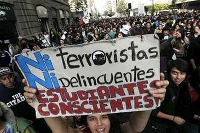Estudiantes chilenos convocaron a una marcha nacional este jueves