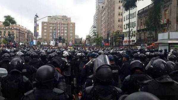 policía federal rse prepara para ejercer represión violenta contra maestros.