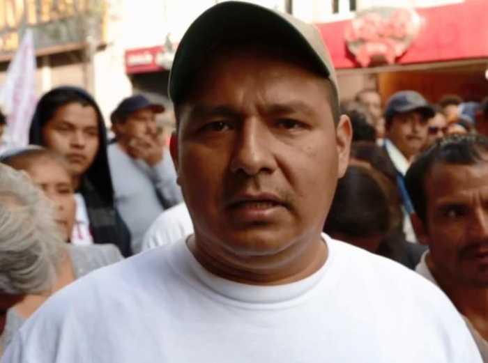Profesor de Oaxaca cuestiona las mentiras de Televisa (video)