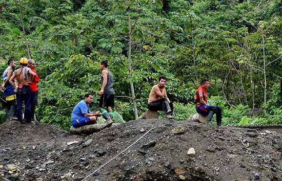 173 familias de Colombia son reubicadas por contaminación minera