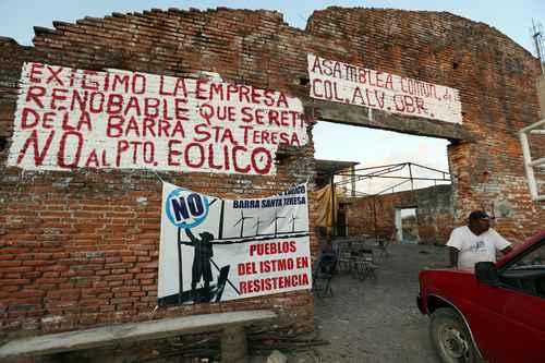 Denuncia organización de España agresiones contra zapotecas en Juchitán