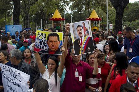 México, menos democrático que Caracas: cofundador de Podemos