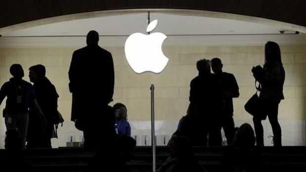 Apple amenaza a Uber por espiar a usuarios