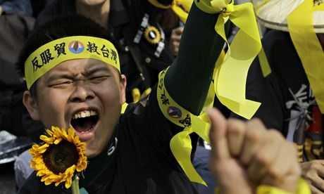 En Taiwán, cientos de miles protestaron vs pacto comercial con China