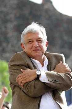 Agradece AMLO apoyo al apagón por protesta vs gasolinazo