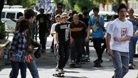 """Generación de jóvenes """"nini"""" en Costa Rica"""