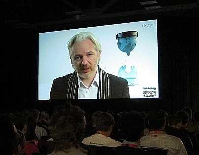 Muy pronto Estados Unidos, tendrá capacidad de espiar a todo el planeta: Assange