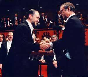El 19 de marzo de 1943, nace Mario Molina, premio Nobel de química