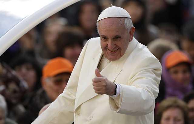 El peor pecado de los medios de comunicación es la calumnia y la desinformación: Papa Francisco