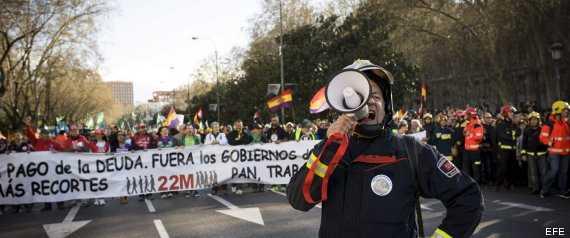 """2 millones protestan por """"Pan, trabajo y techo"""", en España"""
