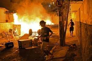 Favela Río incendiada