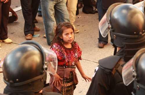 40 pueblos indígenas de Colombia podrían desaparecer por minería