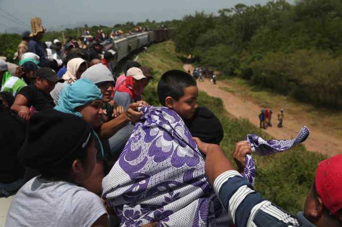 México deportó a 335 mil personas en 2016