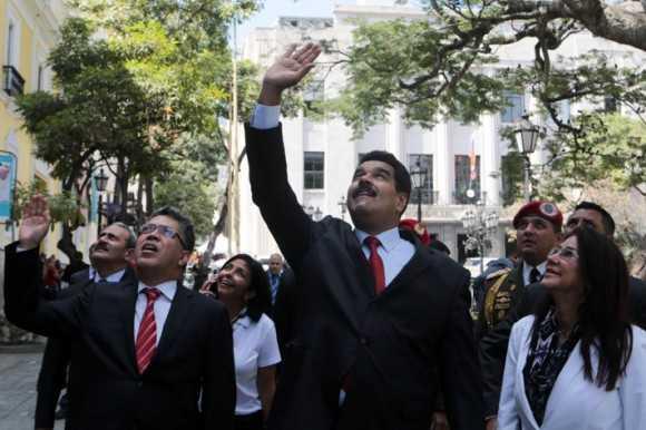 Nicolás Maduro se reúne con líderes de la oposición venezolana