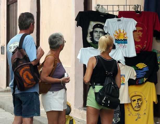 turistas-cuba
