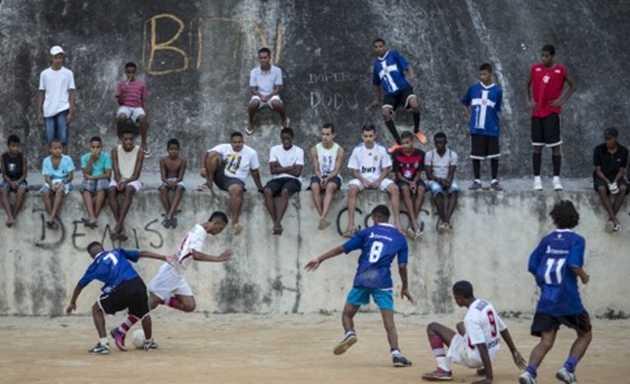Los más pobres de Brasil harán su Mundial alternativo en las favelas
