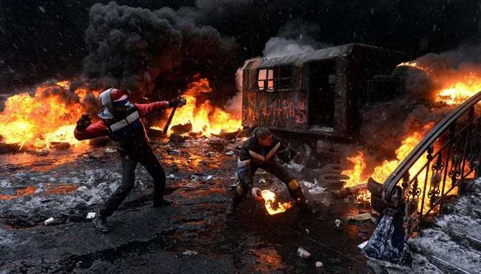 Se agrava la crisis en Ucrania estalló la violencia y dejó cinco muertos