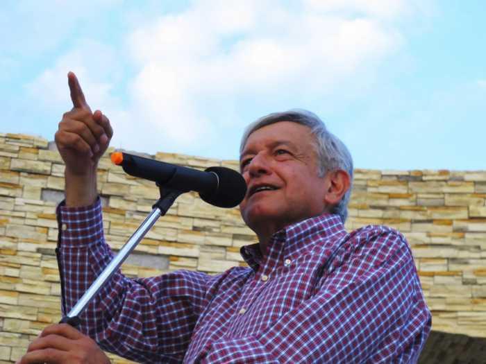 Peña Nieto paga a magistrados con pensiones vitalicias:AMLO