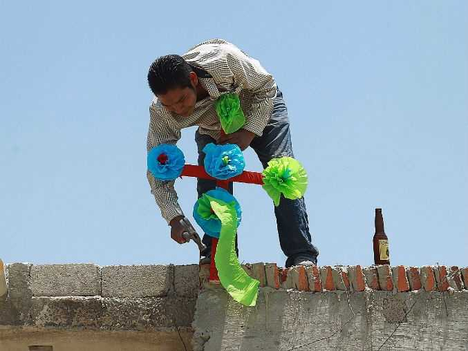 Día del Albañil, artesanos de la construcción, tiene orígenes prehispánicos