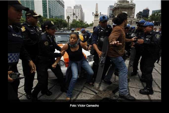 Policía del DF, agrede protesta ciudadana