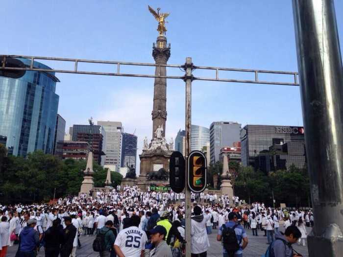 Los galenos de #YoSoy17 en la Ciudad de México Foto: Jenaro Villamil