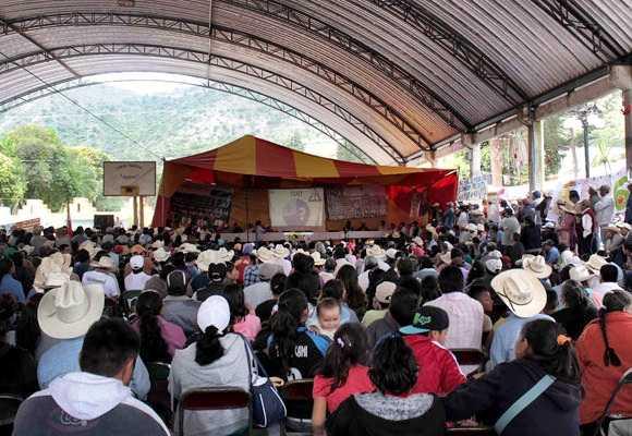 Foro de comunidades y pueblos vs minera en Ixtacamaxtitlán