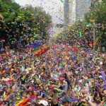 Marcha orgullo gay se manifestó en contra de senador panista