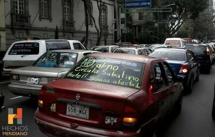 ¡No al sábado de ricos!, protestan por Hoy no Circula