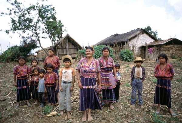Indígenas: olvidados y los más desfavorecidos del mundo