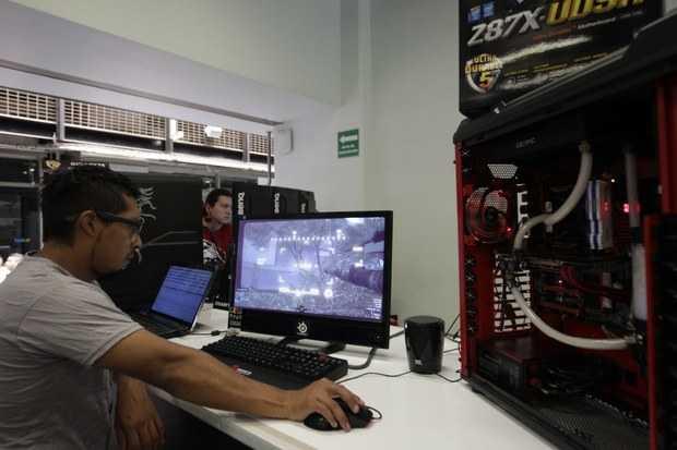 Puebla: Estudiantes desarrollan software para aprender métodos numéricos