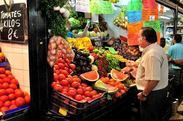 Protege tu salud y tu bolsillo, compra fruta y verdura de temporada