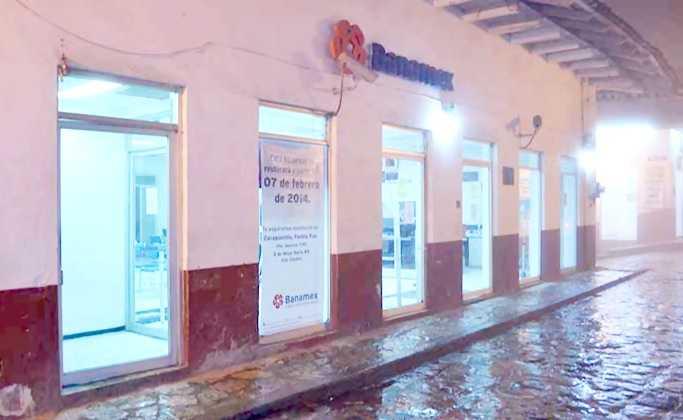 Banamex en Cuetzalan cerró sus puertas en febrero de 2014