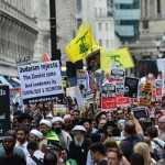 Miles marchan en Londres y París en apoyo al pueblo palestino