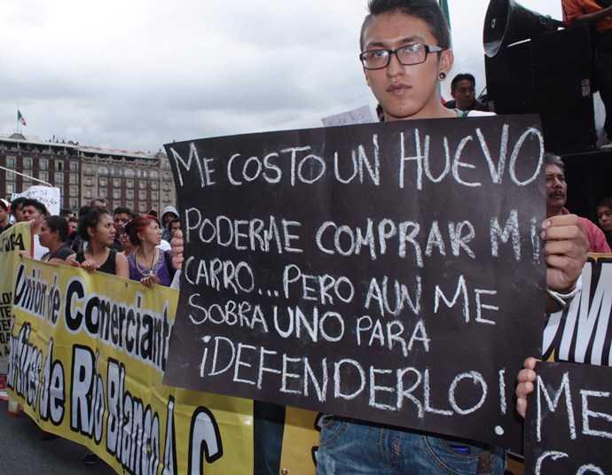 Hoy no circula y vacas muertas, por Pedro Miguel