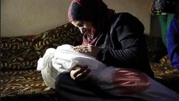 Israel dispara a palestinos civiles y mata niños (video)
