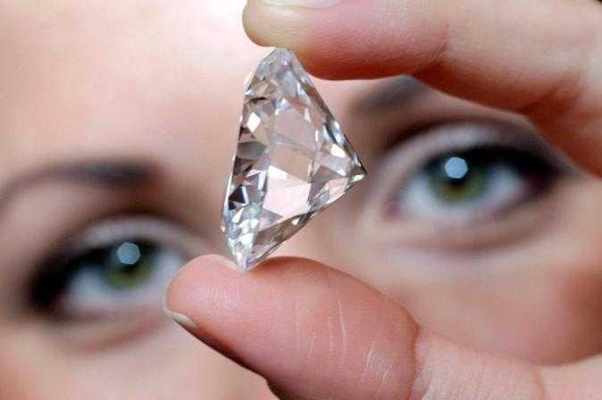 Investigadores de la UNAM e Ibero limpian agua contaminada con diamantes