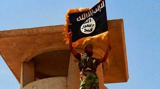 Cientos de agentes de CIA ayudan al Estados Islámico, declaró analista estadounidense