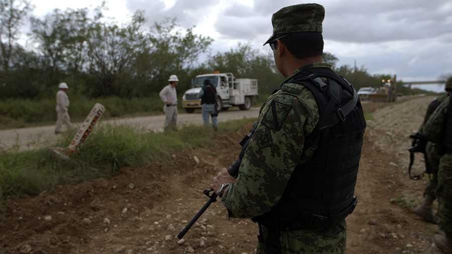 Petróleo de México y cárteles de la droga (Documental)