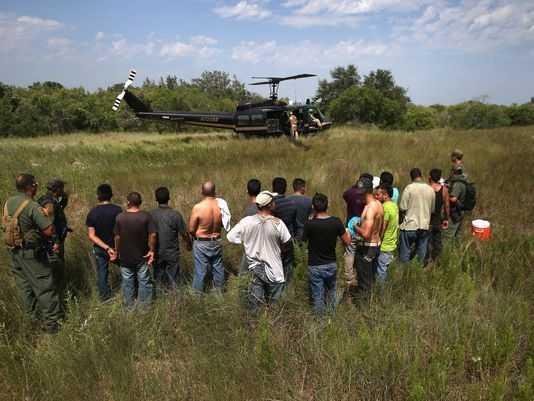 Guardia Nacional de EU patrulla frontera con México