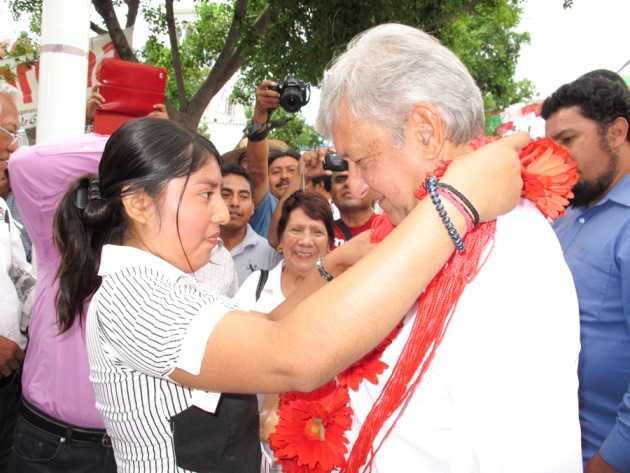 Morena reúne 2 millones 323 mil firmas para solicitar la consulta ciudadana: AMLO