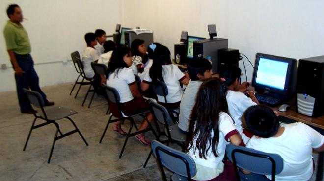 Sin acceso a Internet el 40% de alumnos de educación básica