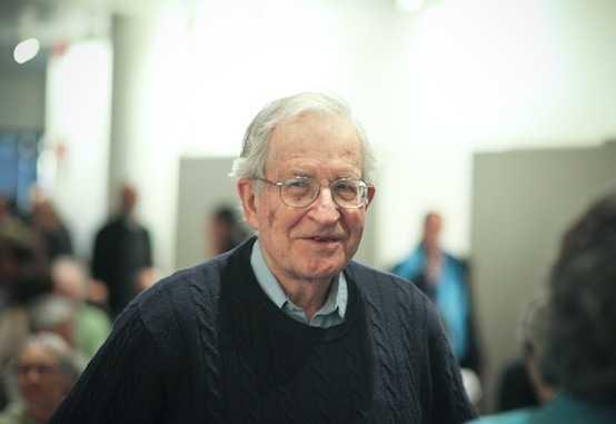 Estados Unidos está hundiendo a la civilización: Noam Chomsky