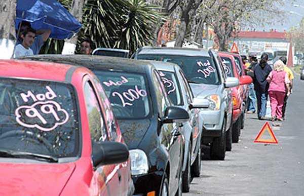 Hacienda frena la importación de autos usados