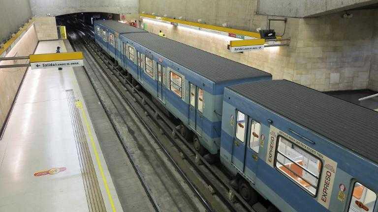 Chile: explosión en estación de metro de Santiago deja 5 heridos