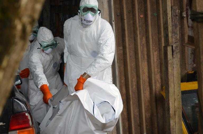 Cuba envía médicos a Sierra Leona para atender crisis del Ebola