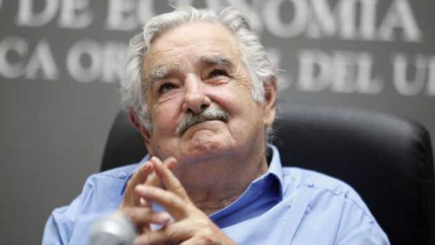 Mujica hace un llamado a los poderosos de mundo para lograr la paz