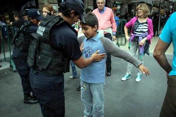 Justifica Policía Federal, revisión a niños en el Grito